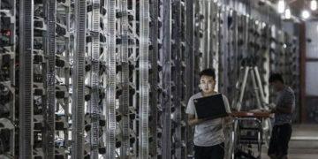 L'interdiction du minage en Chine dope la course aux véhicules électriques